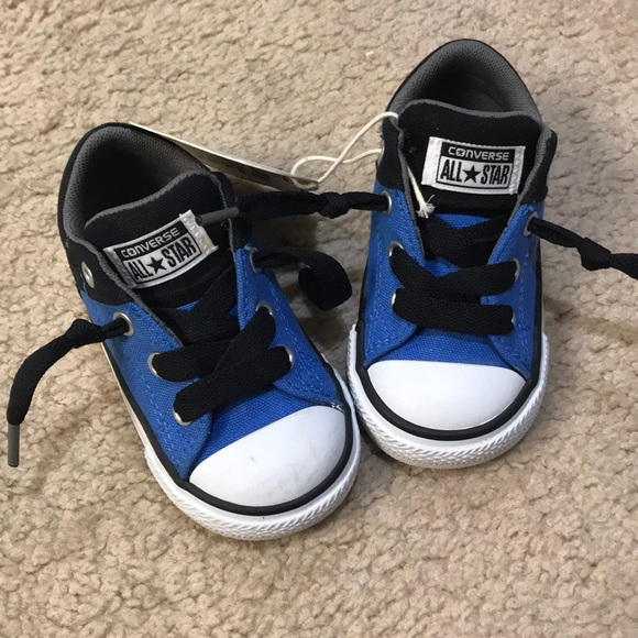 New converse toddler boy shoes NWT